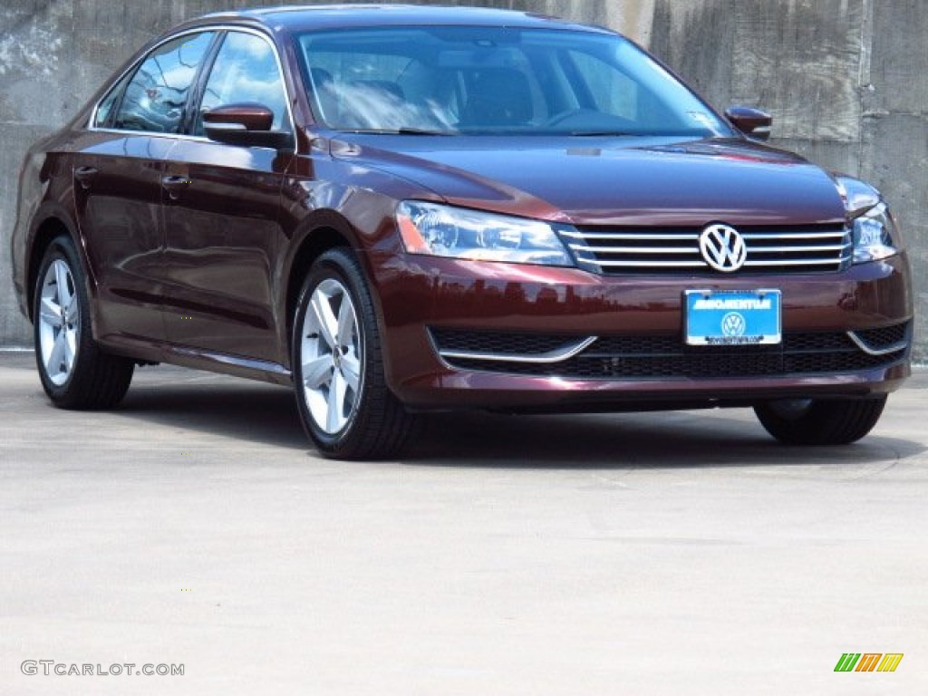 2014 Passat 2.5L SE - Opera Red Metallic / Titan Black photo #1