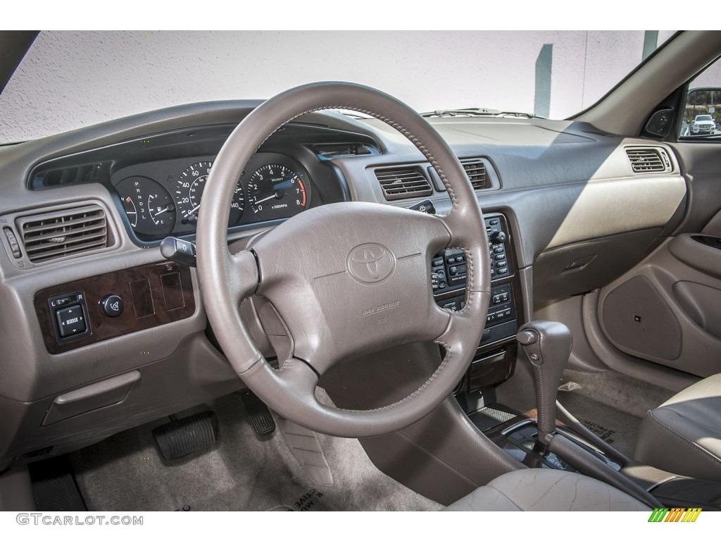 2000 Toyota Camry Xle V6 Oak Dashboard Photo 85652420 Gtcarlot Com
