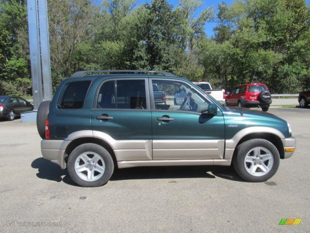 Grove green metallic 2003 suzuki grand vitara standard