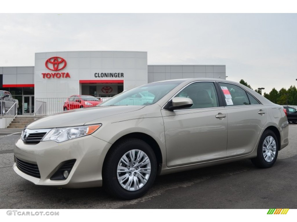 2014 Silver Camry >> 2014 Creme Brulee Metallic Toyota Camry LE #85907440 | GTCarLot.com - Car Color Galleries