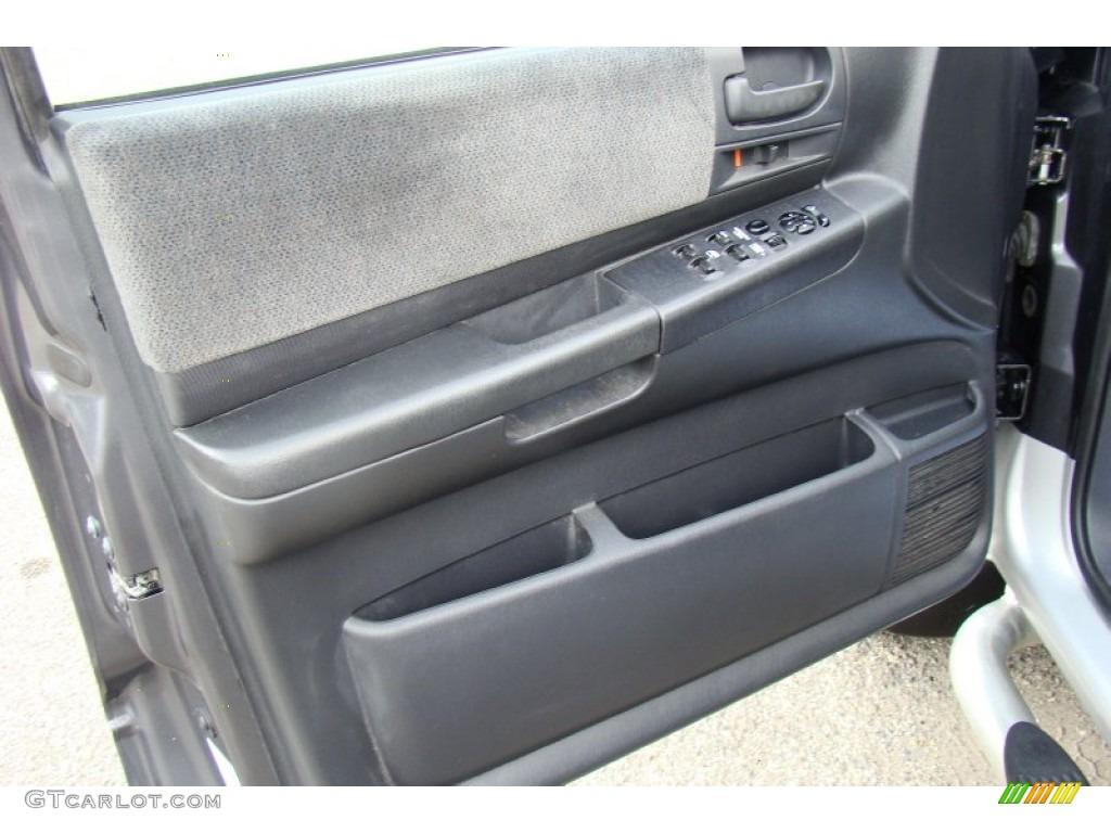 2004 Dakota SLT Quad Cab 4x4 - Graphite Metallic / Dark Slate Gray photo #18