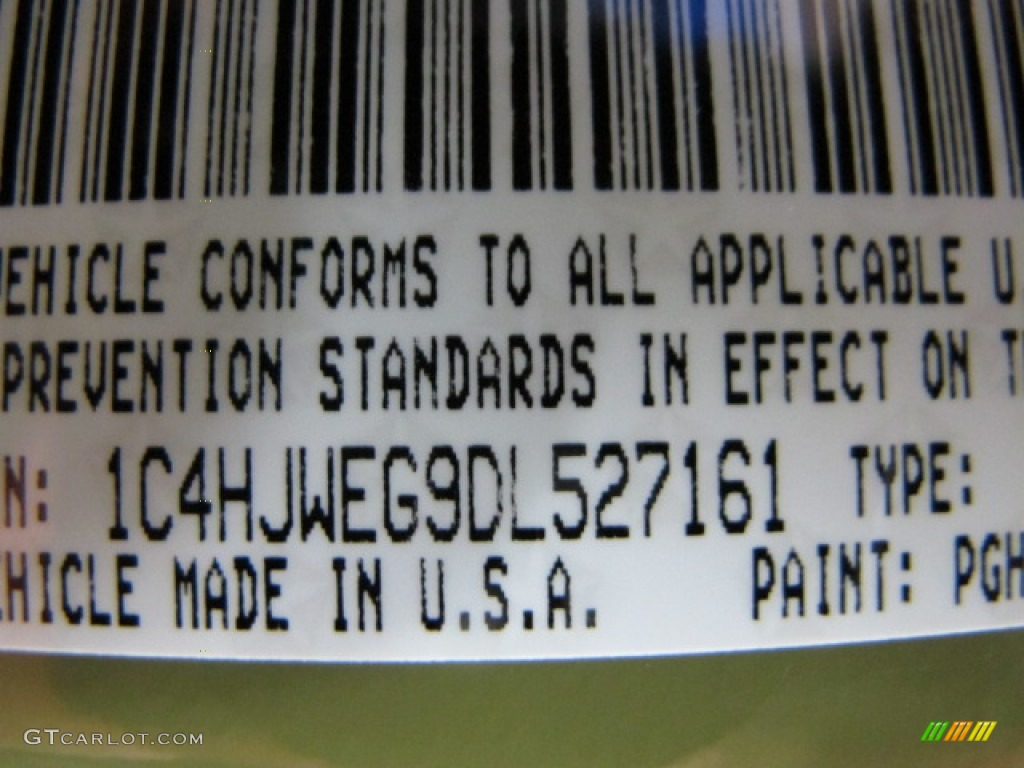 2013 wrangler unlimited color code pgh for commando green photo