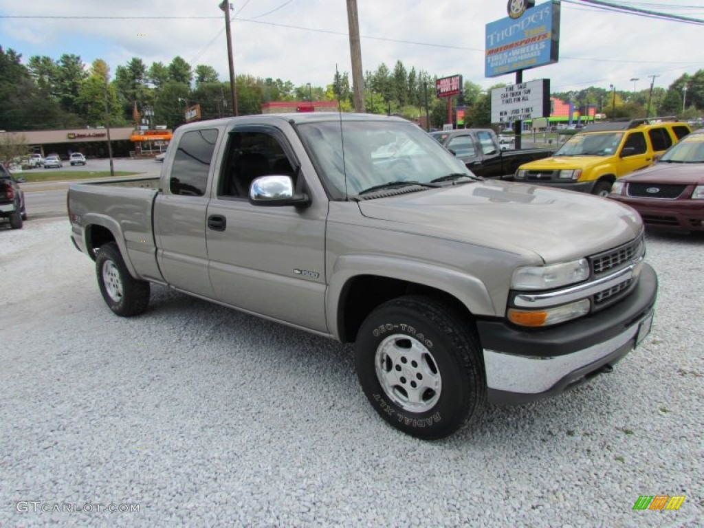 2002 Silverado 1500 LT Extended Cab 4x4 - Light Pewter Metallic / Graphite Gray photo #1