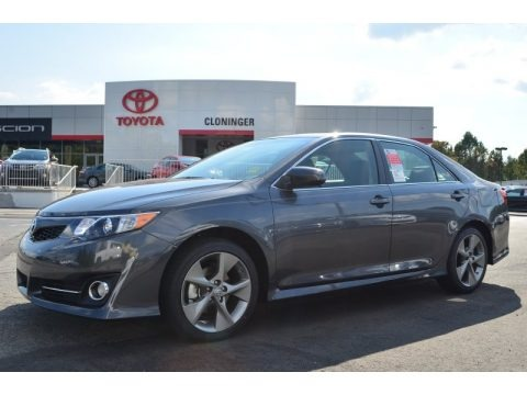 2014 toyota camry se v6 data info and specs. Black Bedroom Furniture Sets. Home Design Ideas