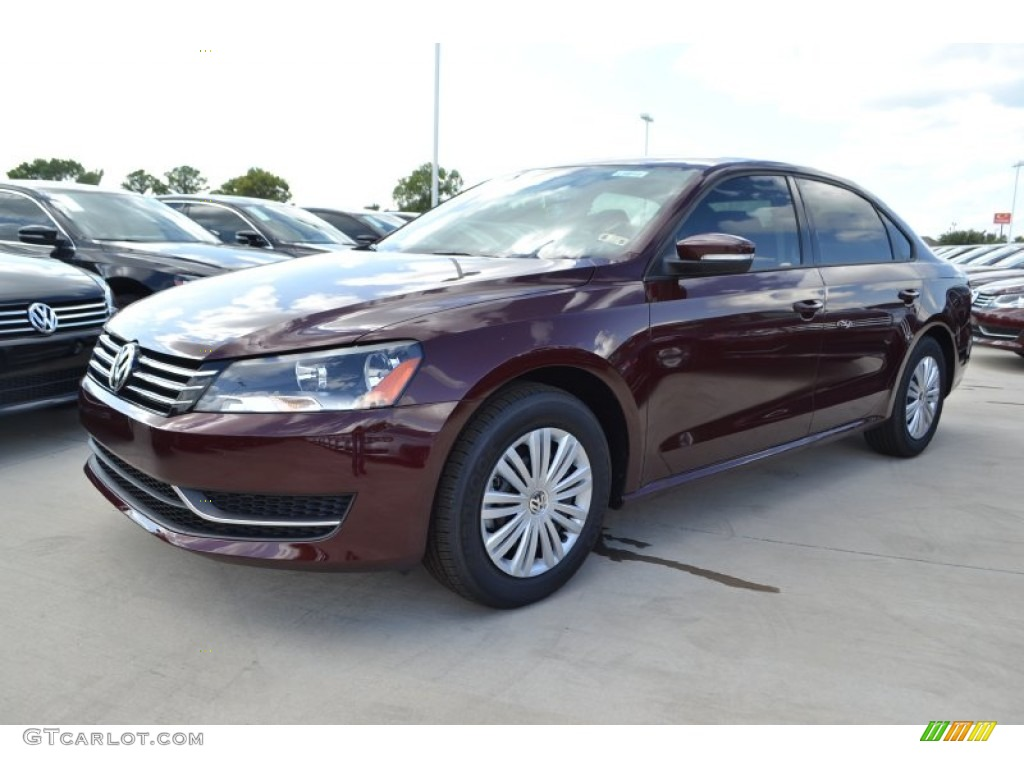 2014 Passat 2.5L S - Opera Red Metallic / Titan Black photo #1