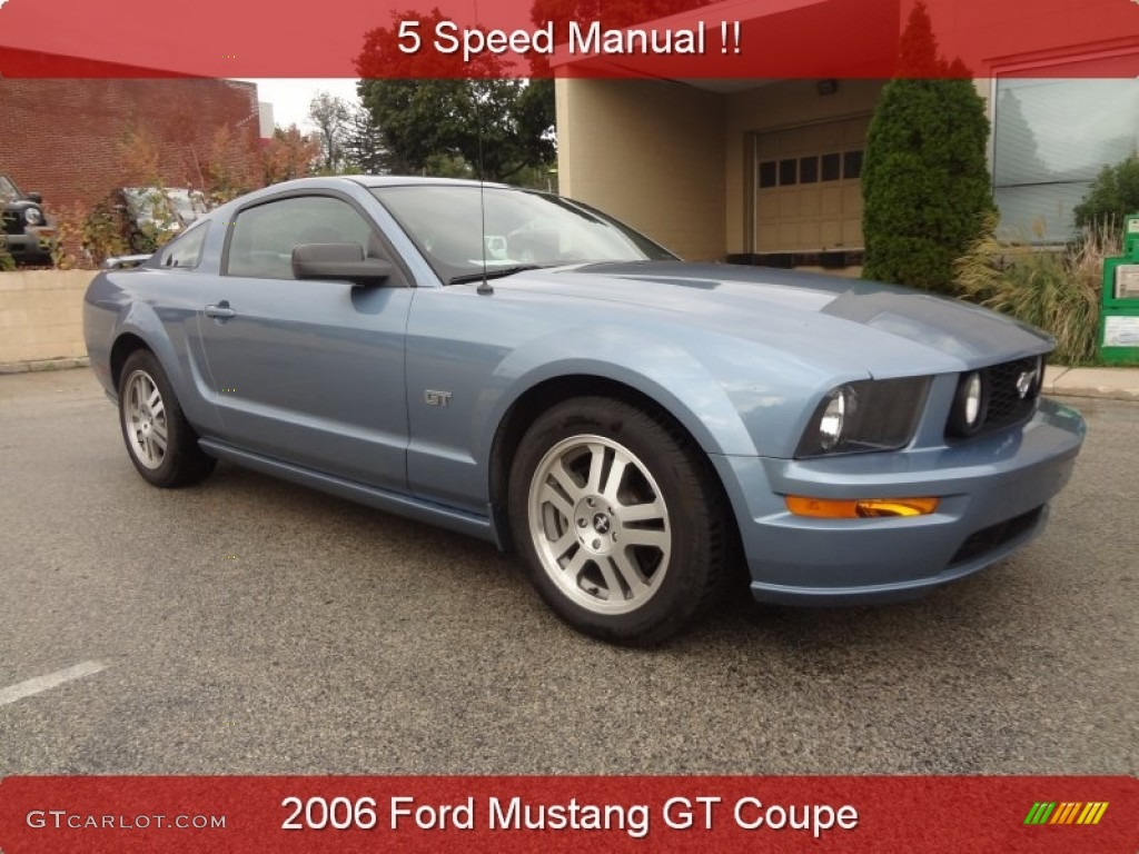 2006 Mustang GT Premium Coupe - Windveil Blue Metallic / Dark Charcoal photo #1