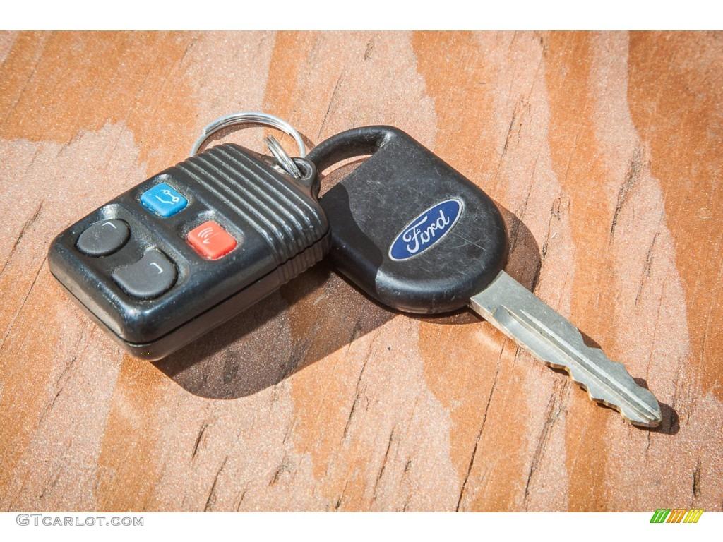2003 Ford Explorer XLT Keys Photo #86788104