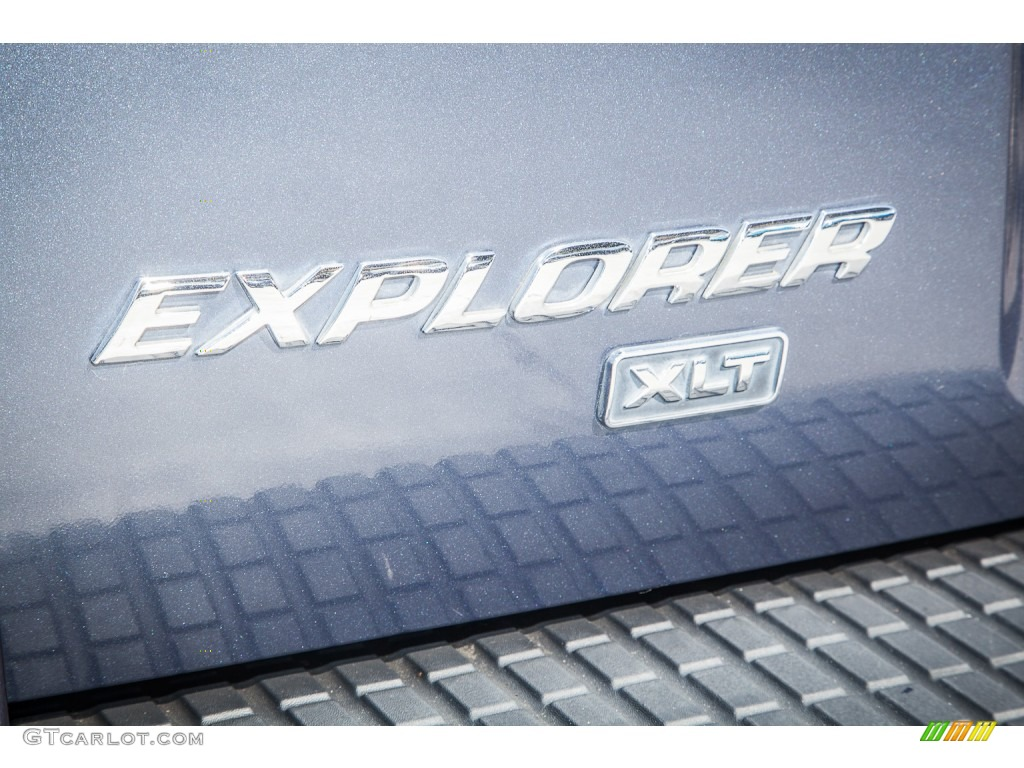 2003 Ford Explorer XLT Marks and Logos Photo #86788968