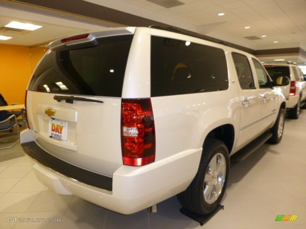 2014 suburban ls 4x4 champagne silver metallic light cashmeredark apps dire. Cars Review. Best American Auto & Cars Review