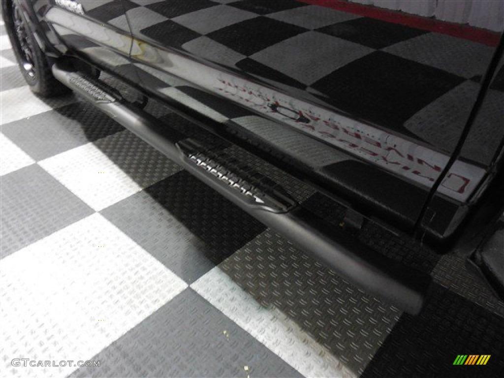 2013 Tundra TSS CrewMax - Black / Graphite photo #22
