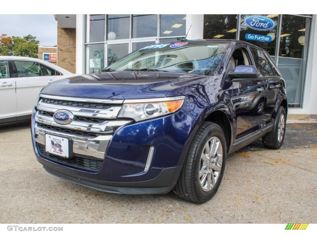 Kona Blue Metallic Ford Edge