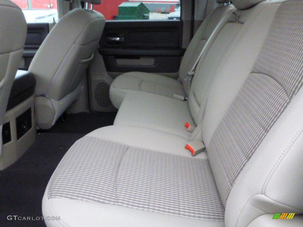 2012 Ram 1500 SLT Crew Cab 4x4 - Sagebrush Pearl / Light Pebble Beige/Bark Brown photo #11