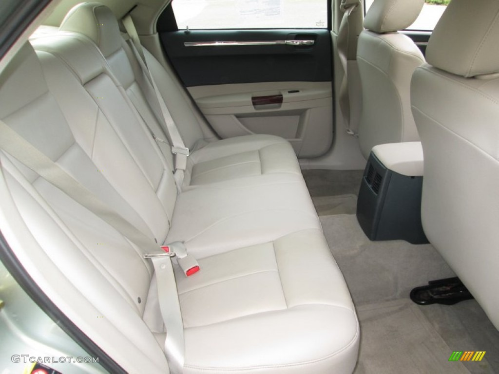 2006 chrysler 300 touring awd interior color photos. Black Bedroom Furniture Sets. Home Design Ideas