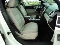 2011 White Suede Ford Explorer XLT  photo #21