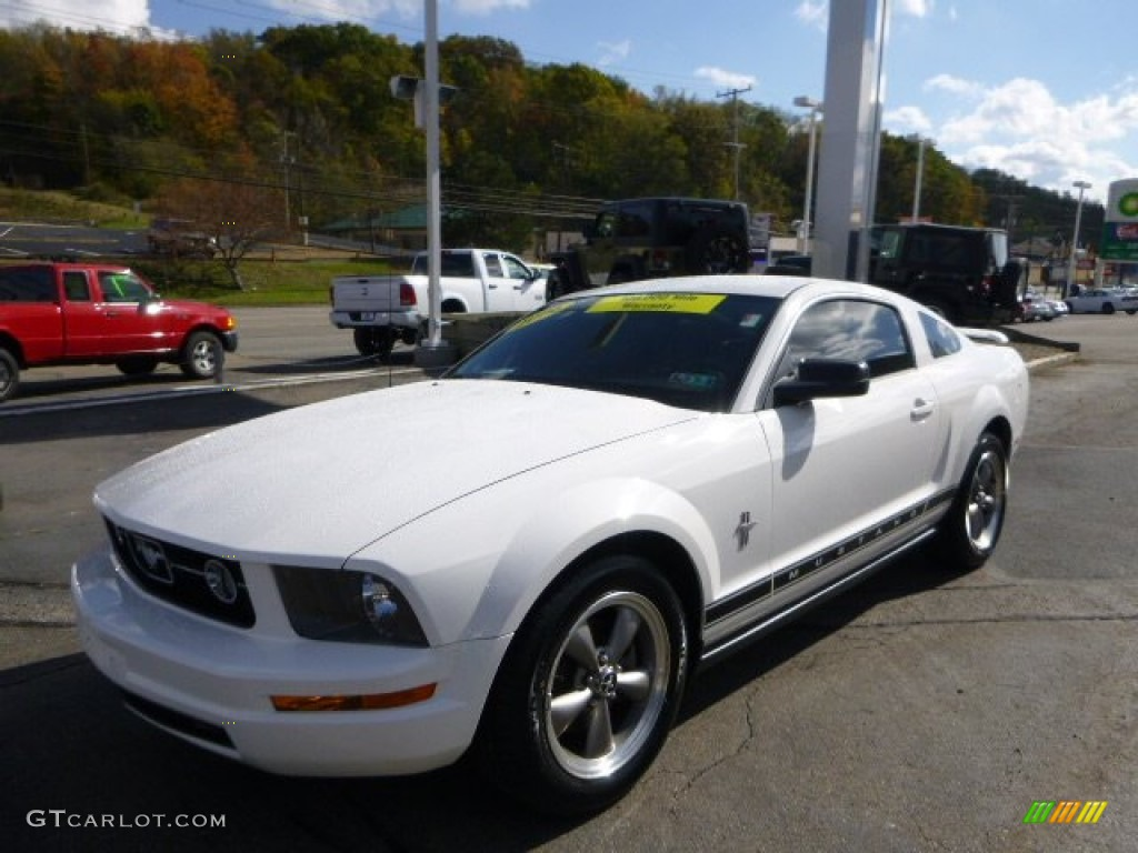 2006 Mustang V6 Premium Coupe - Performance White / Dark Charcoal photo #1
