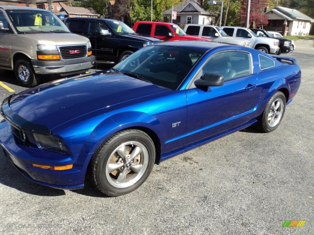 2005 Mustang GT Premium Coupe - Sonic Blue Metallic / Dark Charcoal photo #1