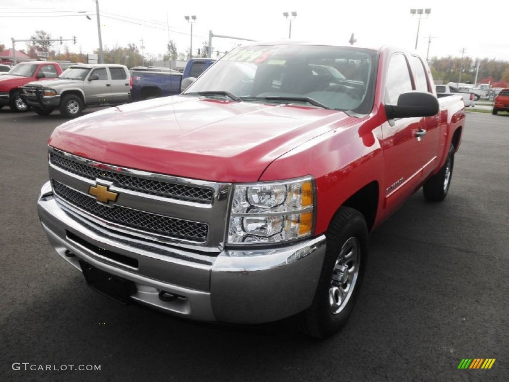 2012 Silverado 1500 LS Extended Cab 4x4 - Victory Red / Dark Titanium photo #3