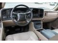 Medium Neutral 2002 Chevrolet Avalanche Interiors
