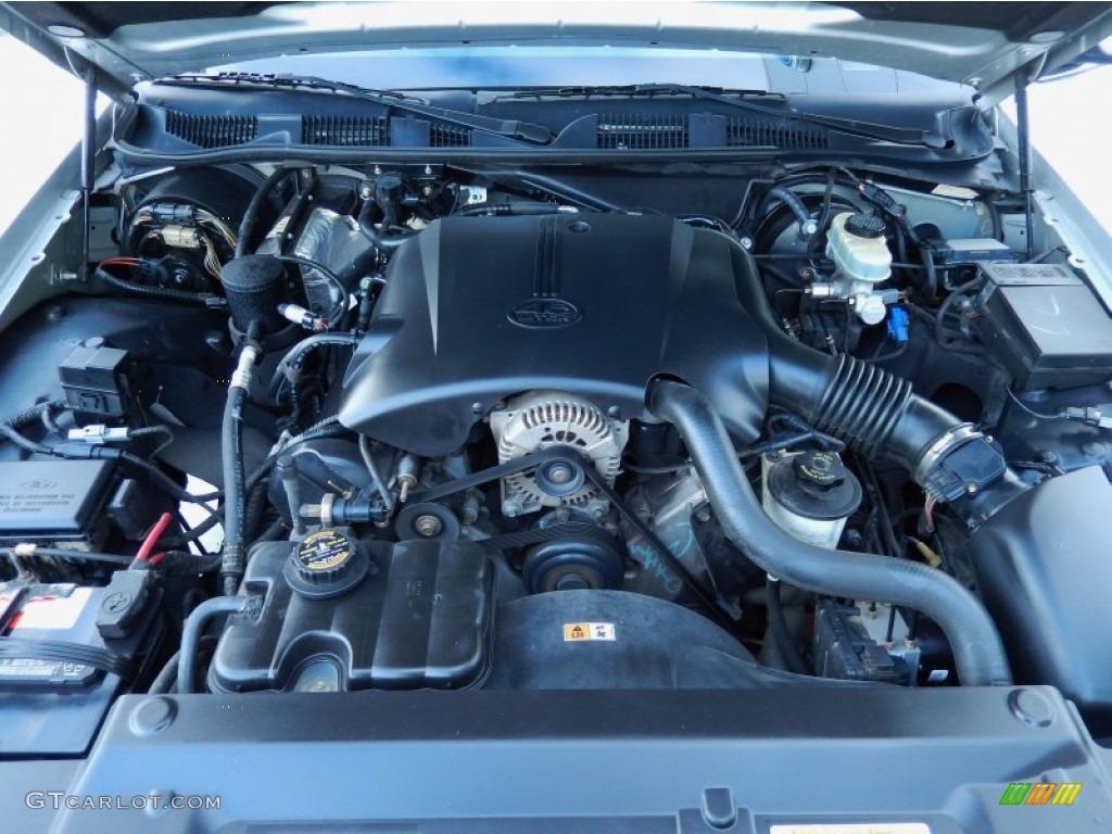 2000 Ford Crown Victoria LX Sedan 46 Liter SOHC 16Valve V8