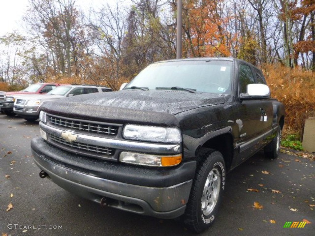 2002 Silverado 1500 LT Extended Cab 4x4 - Onyx Black / Graphite Gray photo #1