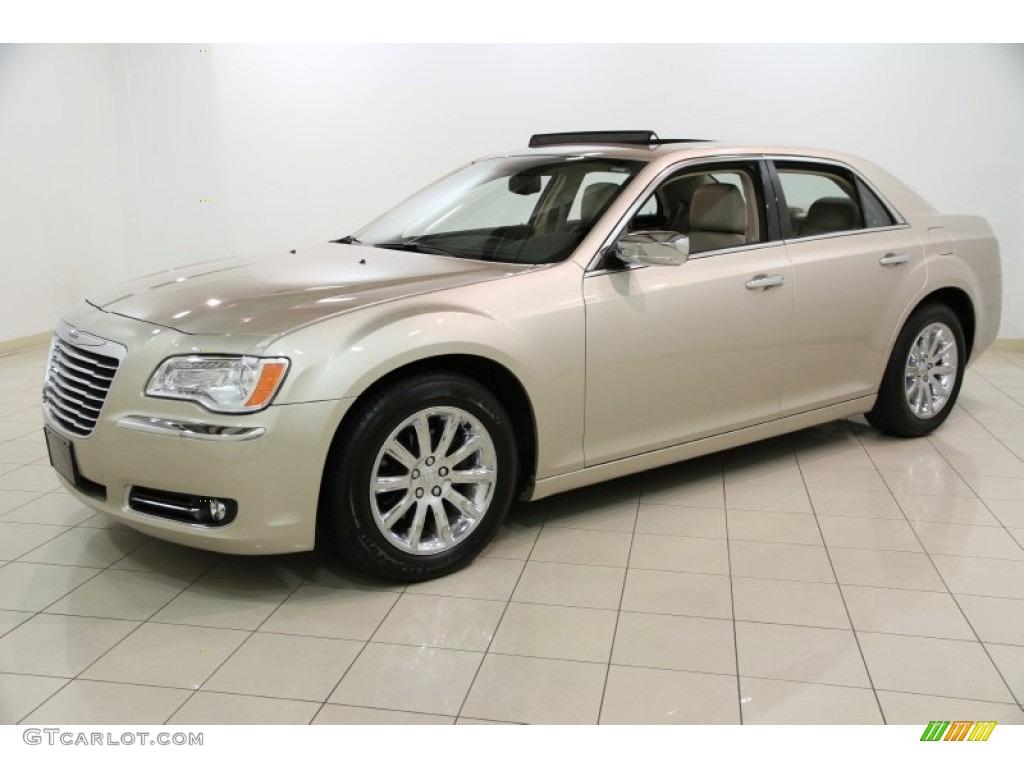 2012 Chrysler 300 Limited Exterior Photos : GTCarLot.com