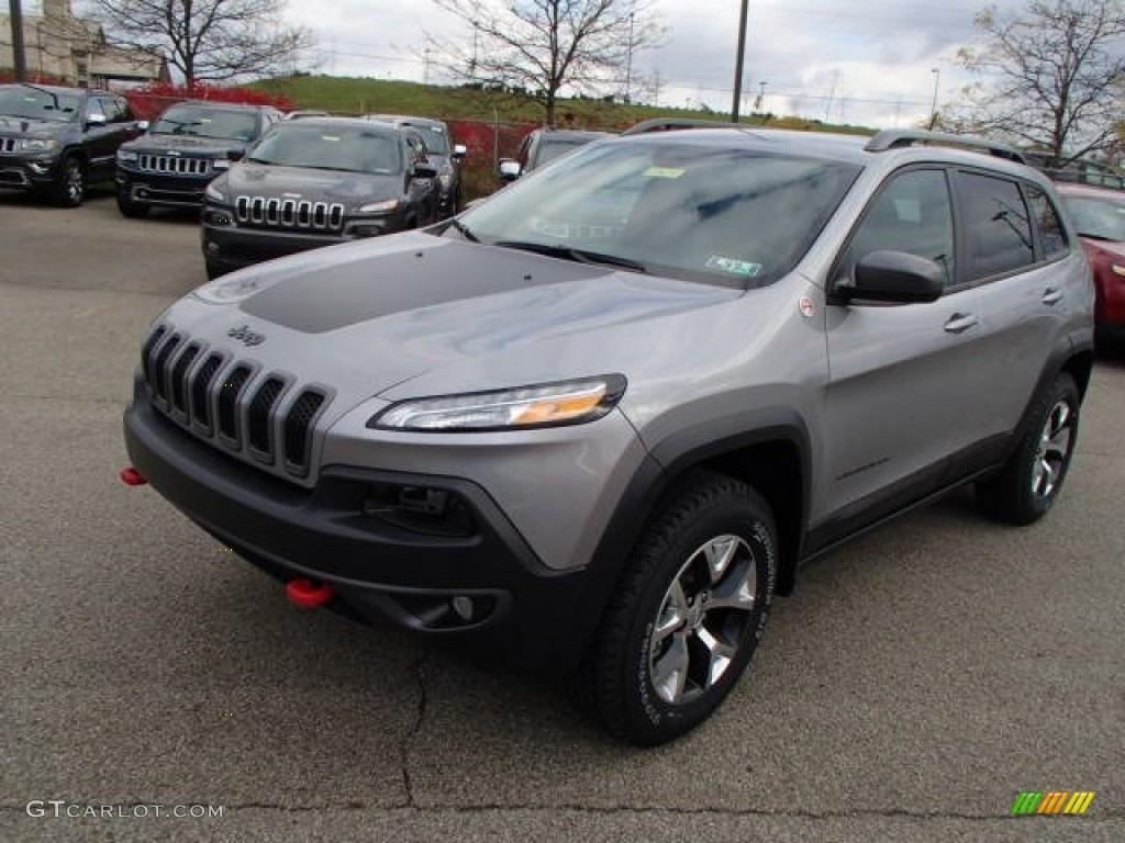 billet silver metallic 2014 jeep cherokee trailhawk 4x4 exterior