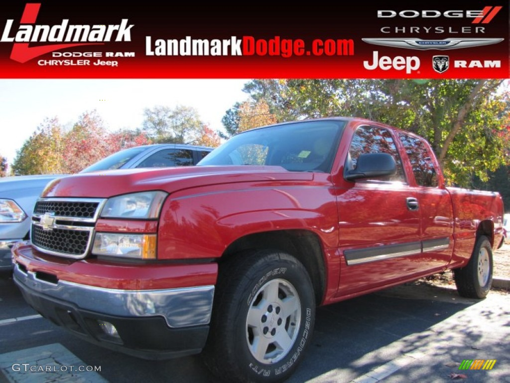 2006 Silverado 1500 LS Extended Cab - Victory Red / Dark Charcoal photo #1