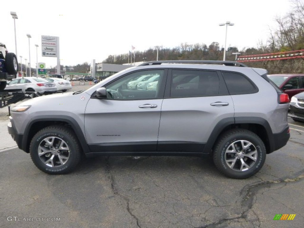 2001 Jeep Grand Cherokee Motor Billet Silver Metallic 2014 Jeep Cherokee Trailhawk 4x4 ...