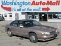 Light Beige Metallic 1995 Pontiac Bonneville SE