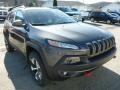 Front 3/4 View of 2014 Cherokee Trailhawk 4x4