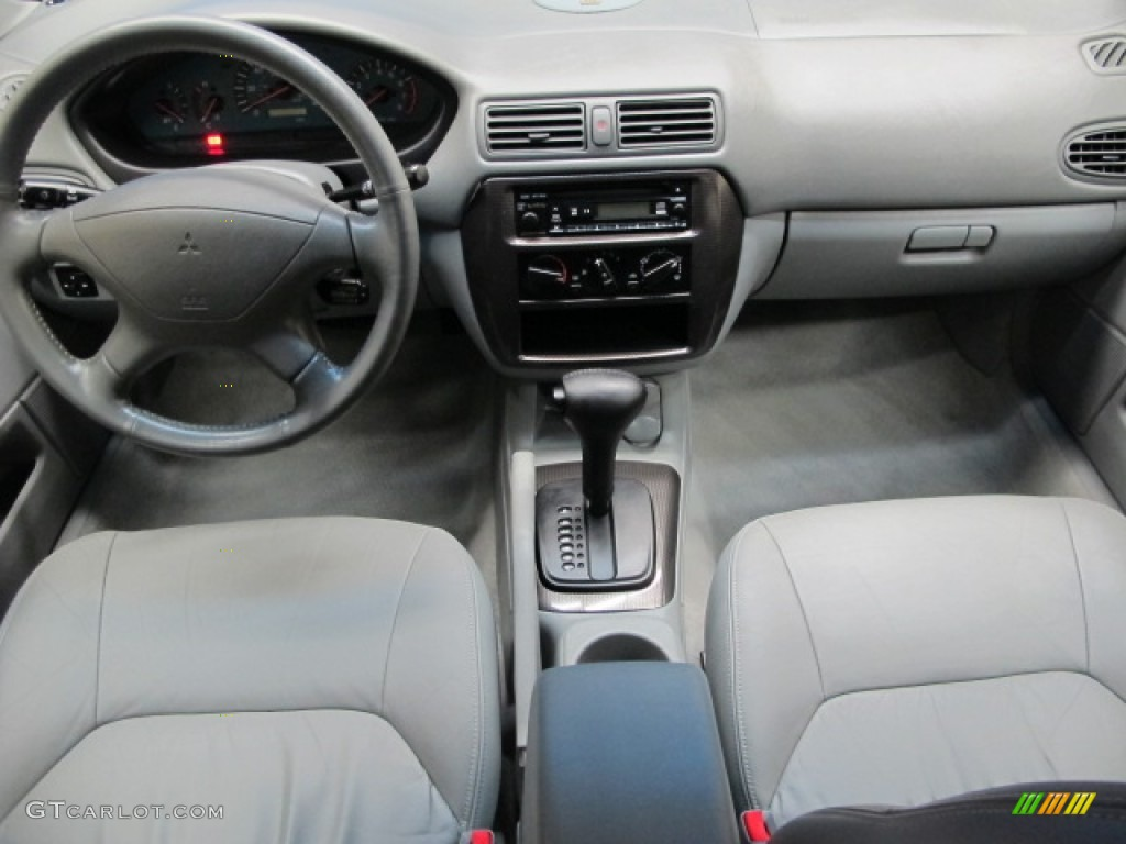 2003 Mitsubishi Galant GTZ Dashboard Photos | GTCarLot.com