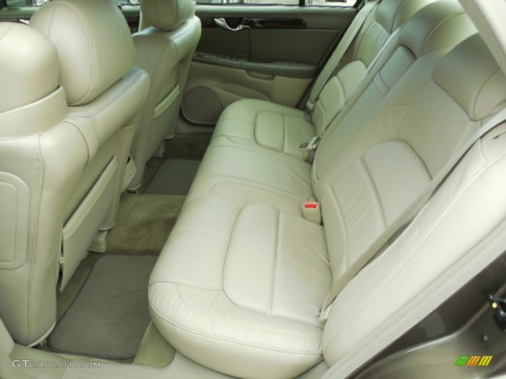 2002 Cadillac DeVille DTS Interior Color Photos