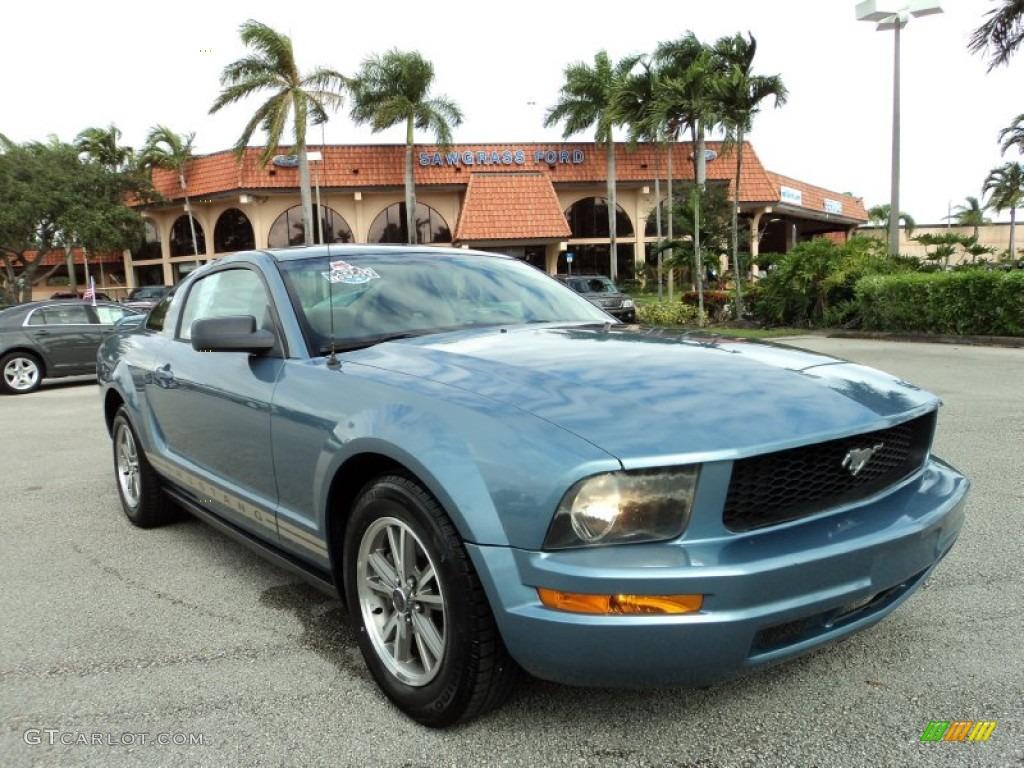 2005 windveil blue metallic ford mustang v6 premium coupe 88340267 car color. Black Bedroom Furniture Sets. Home Design Ideas