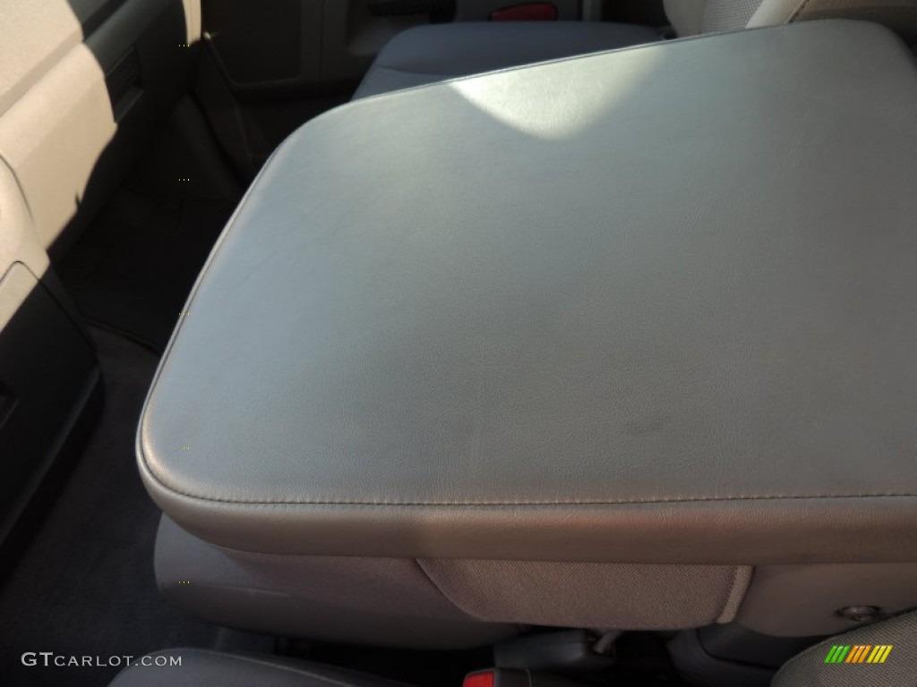 2009 Ram 3500 SLT Regular Cab Dually - Inferno Red Crystal Pearl / Medium Slate Gray photo #18