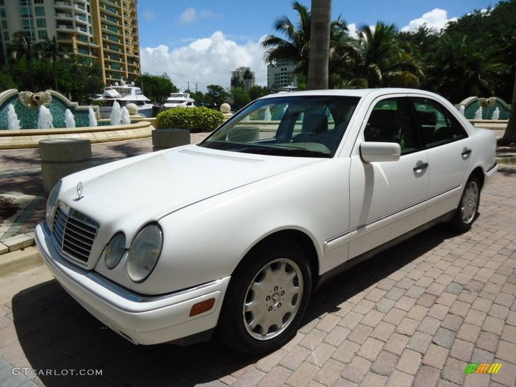 1999 mercedes benz e 300td sedan exterior photos for 1999 mercedes benz e320 4matic