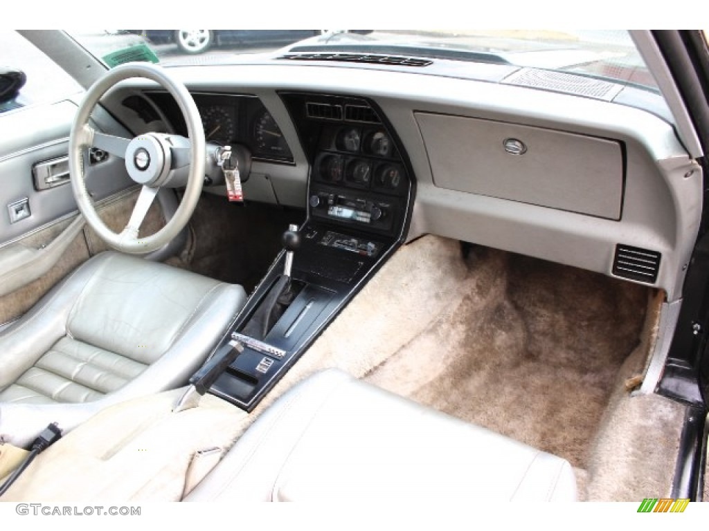 1978 chevrolet corvette indianapolis 500 pace car dashboard photos. Black Bedroom Furniture Sets. Home Design Ideas