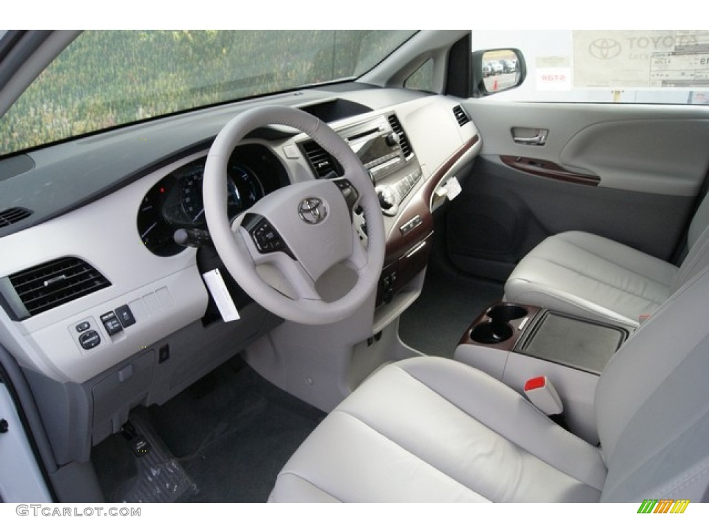 2014 toyota sienna xle awd interior color photos. Black Bedroom Furniture Sets. Home Design Ideas