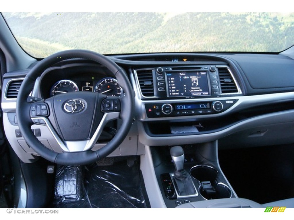 2014 Alumina Jade Metallic Toyota Highlander Xle Awd 89410198 Photo 6 Car