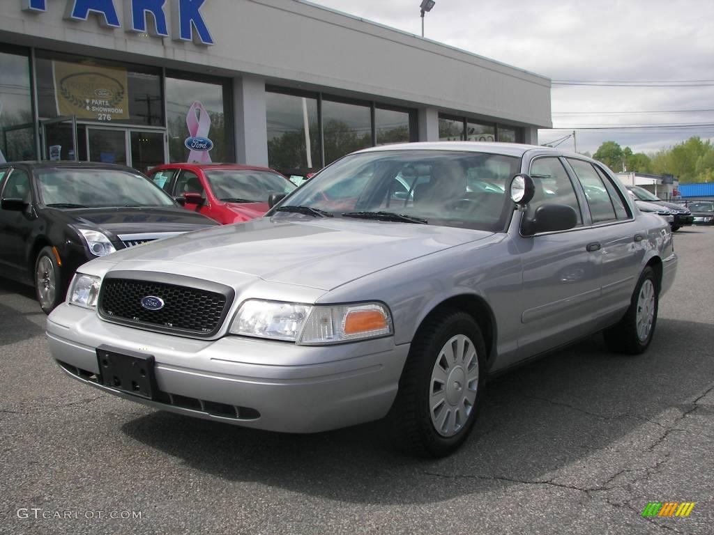 2007 Silver Birch Metallic Ford Crown Victoria Police Interceptor ...
