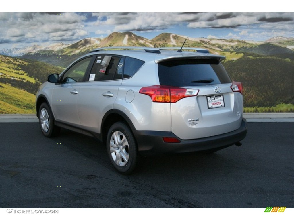 2014 classic silver metallic toyota rav4 le awd 89483710. Black Bedroom Furniture Sets. Home Design Ideas