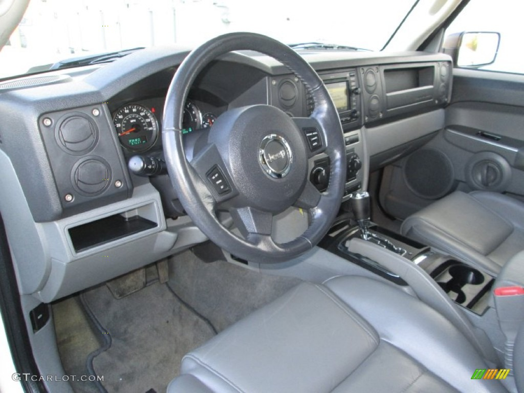 Medium Slate Gray Interior 2006 Jeep Commander 4x4 Photo