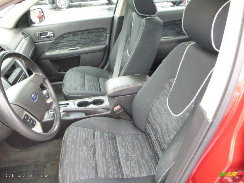 2011 Fusion SE V6 - Red Candy Metallic / Charcoal Black photo #8