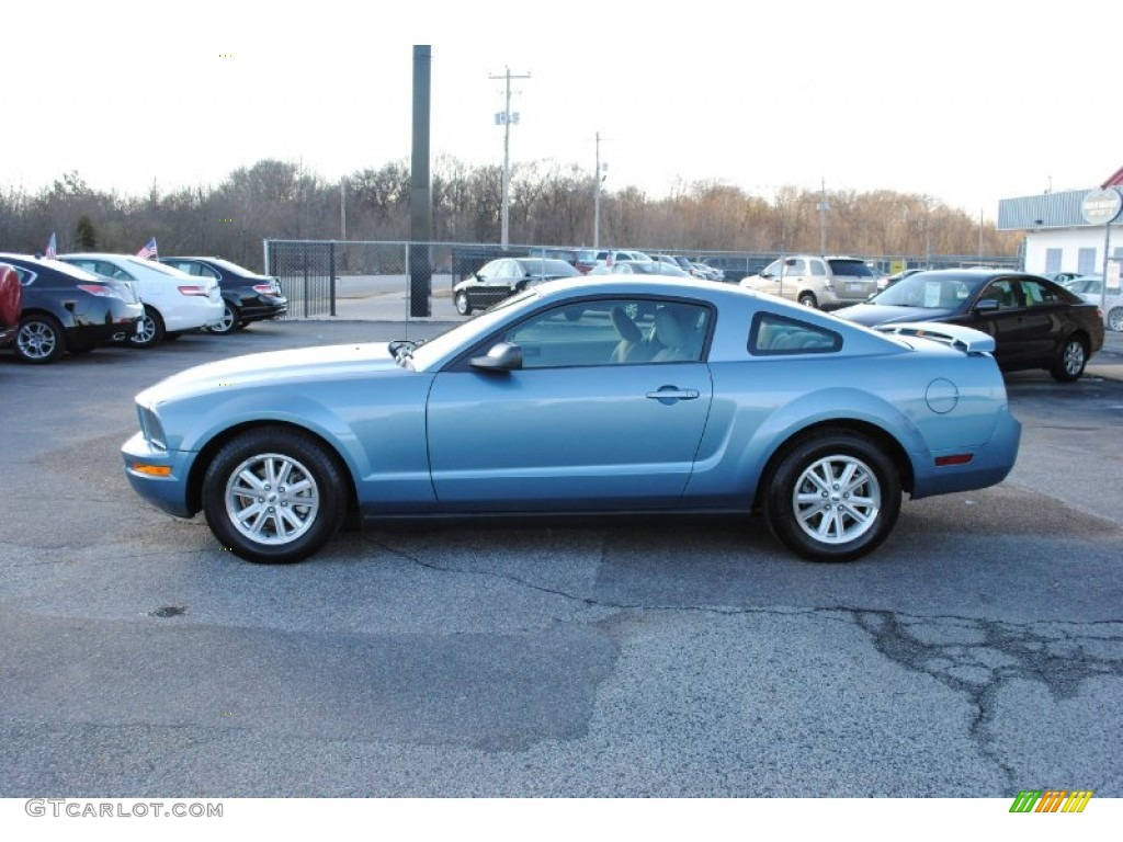Windveil Blue Metallic 2006 Ford Mustang V6 Deluxe Coupe