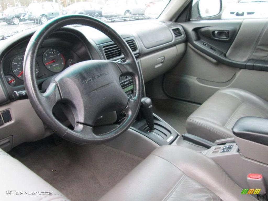 Gray Interior 2002 Subaru Forester 2 5 S Photo 89811059