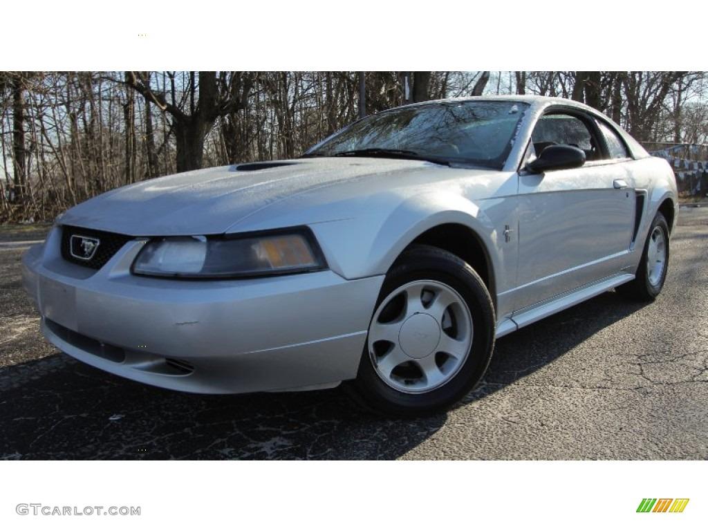 2002 Mustang V6 Coupe - Satin Silver Metallic / Medium Graphite photo #1