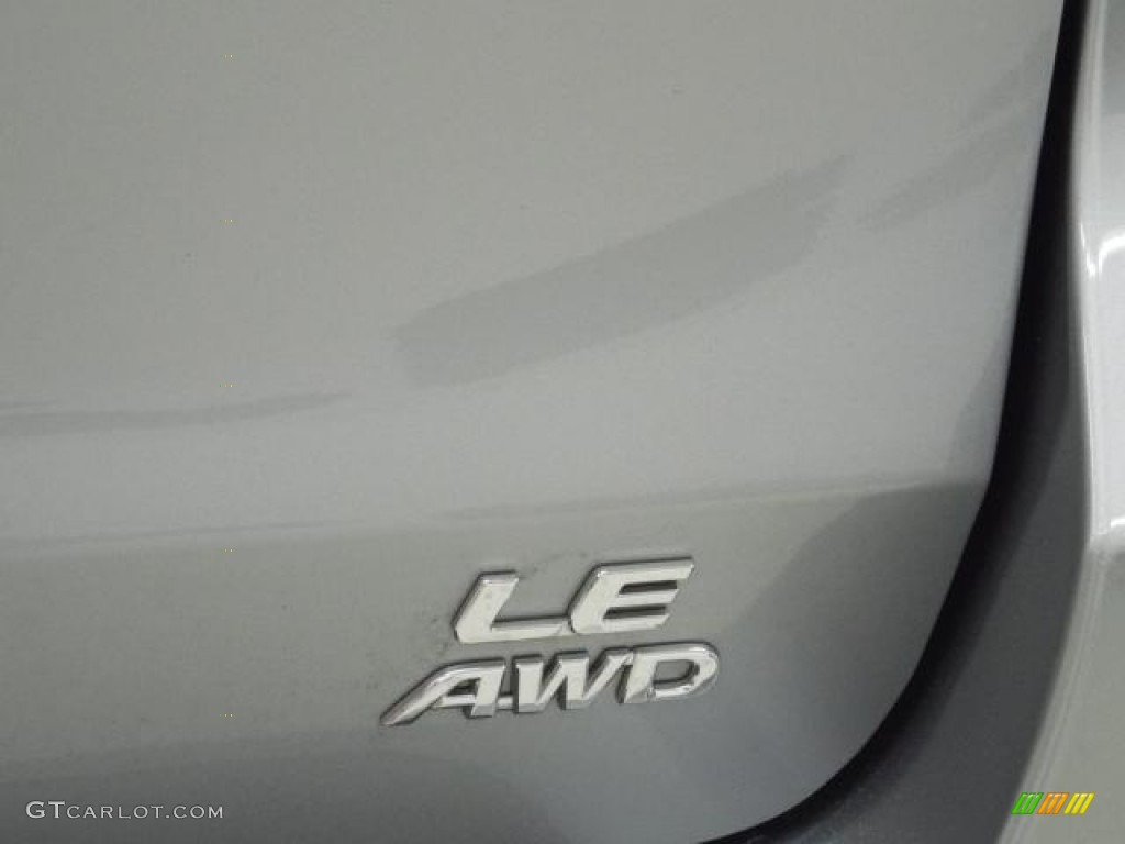 2012 Sienna LE AWD - Silver Sky Metallic / Light Gray photo #7