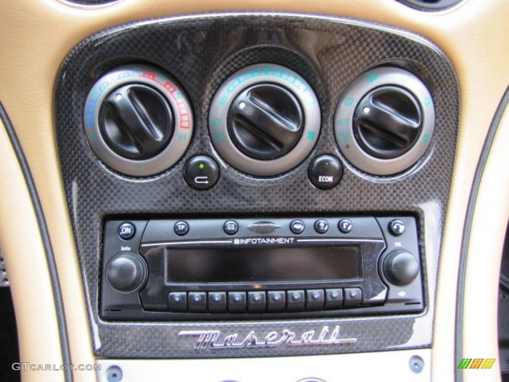 2006 Maserati Gransport Coupe Controls Photo 90238031