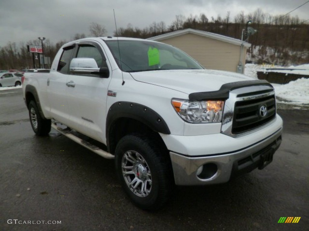 2013 Tundra TRD Double Cab 4x4 - Super White / Graphite photo #1
