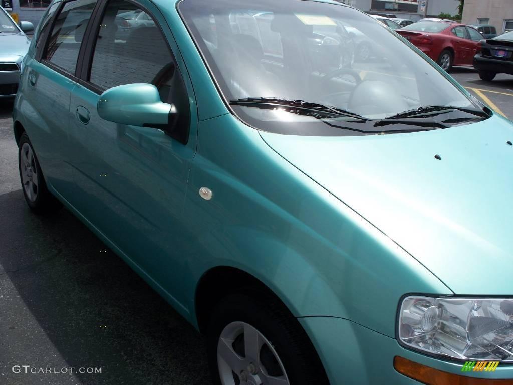 2005 Aveo LS Hatchback - Aqua Metallic / Gray photo #3