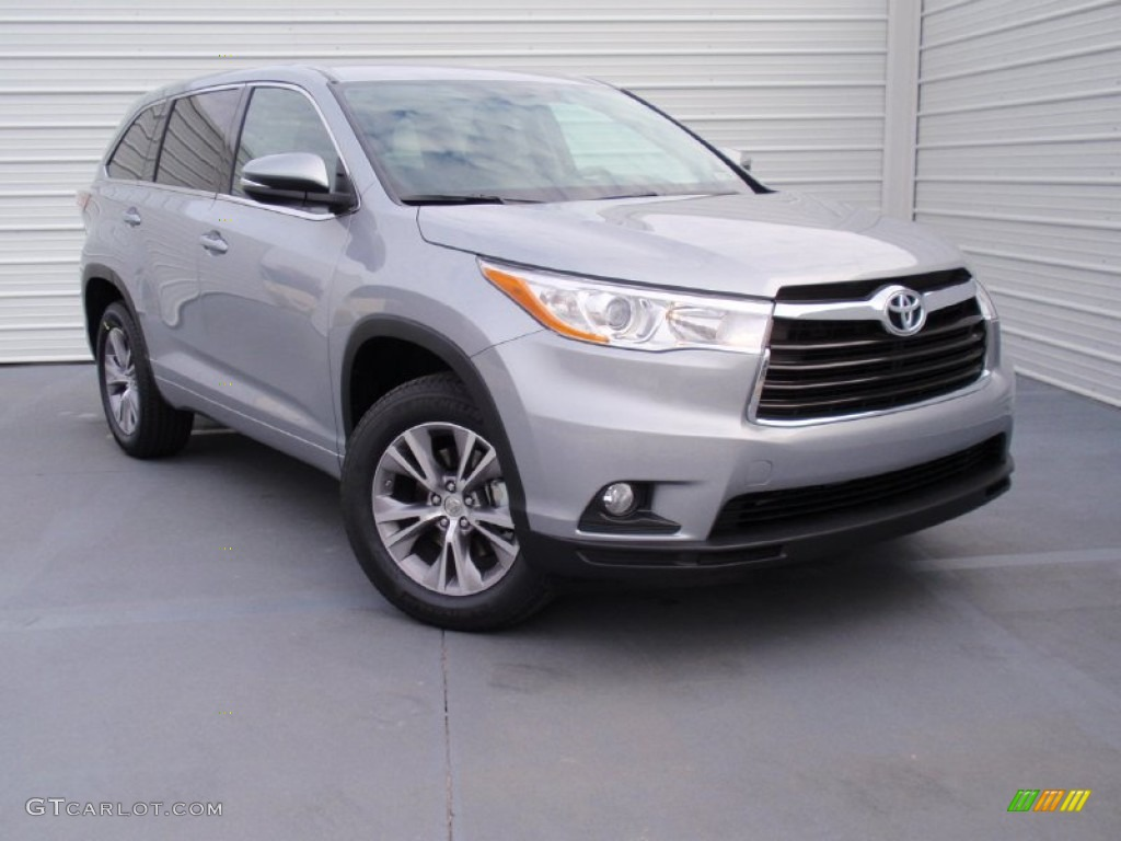 2014 silver sky metallic toyota highlander le 90369668 car color galleries. Black Bedroom Furniture Sets. Home Design Ideas